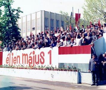 1986-majus-1-forras-hisz-foto-bela-otto