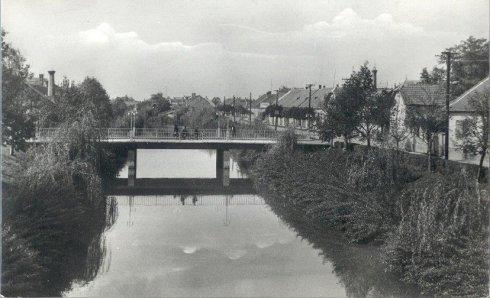 eloviz-csatorna-1960-04
