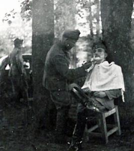 Kárpátalja - életkép borotválkozás közben - II. világháború