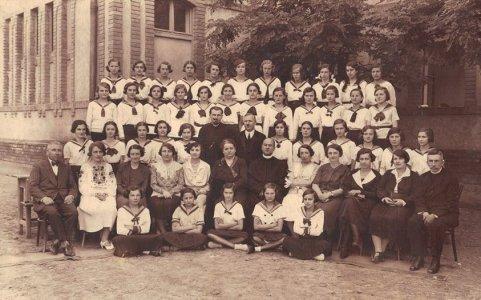 1. sz. általános iskola tanulói -1930-as évek