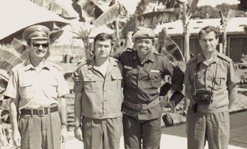 Engelhardt József Vietnámban lengyel, magyar és indonéz tiszttársakkal – 1974