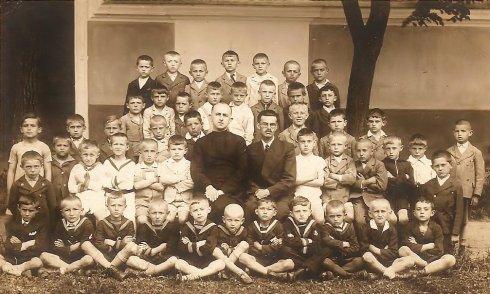 Józsefvárosi Római Katolikus Népiskola I. osztálya - 1938