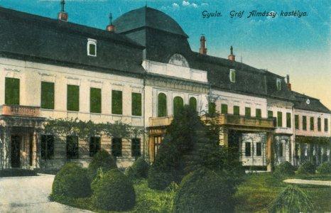 Harruckern-Wenckheim-Almásy-kastély - 1910-1920 között