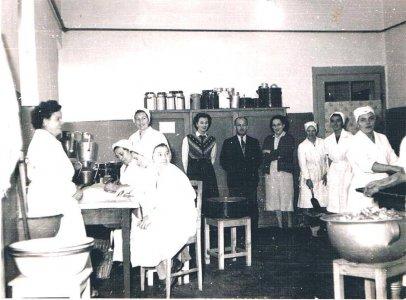 Napköziotthonos konyha a Béke sugárúton az 1960-as években