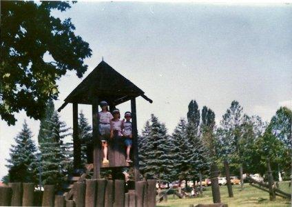 Játszótér a várnál - 1989