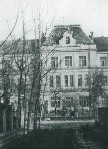 A Megyei Kórház egyik épülete