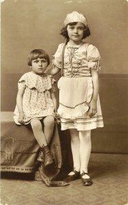 Sz. Borsi Ilona és Sz. Ilyés Irén - 1931