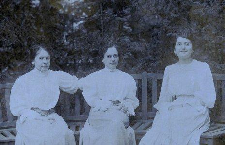 Ismeretlen hölgyek - 1900-as évek eleje