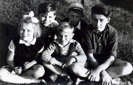 1956_nyara